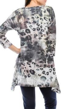 Cubism Abstract Ruffle Tunic - Alternate List Image