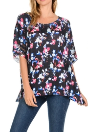 Cubism Floral Boxy Top - Product Mini Image