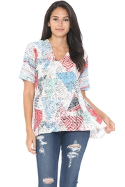 Cubism Triangles Crinkle Top - Product Mini Image