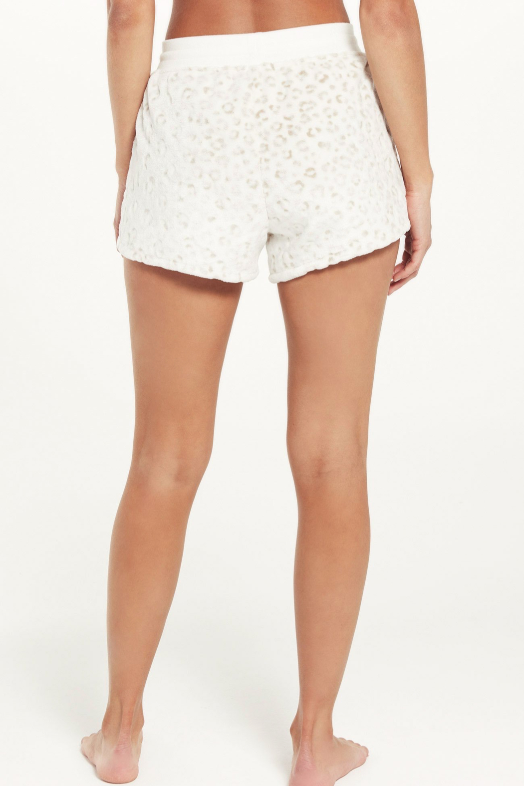 z supply Cuddle Up Leo Short - Back Cropped Image