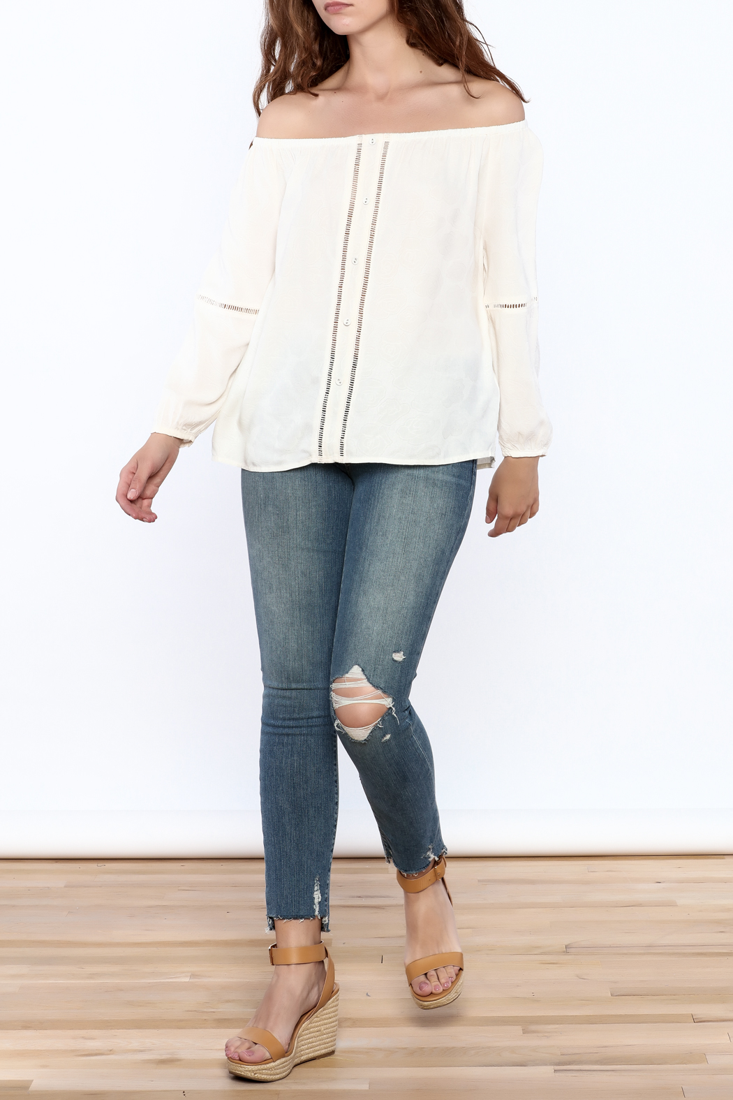 Cupcakes & Cashmere Havyn Top - Front Full Image