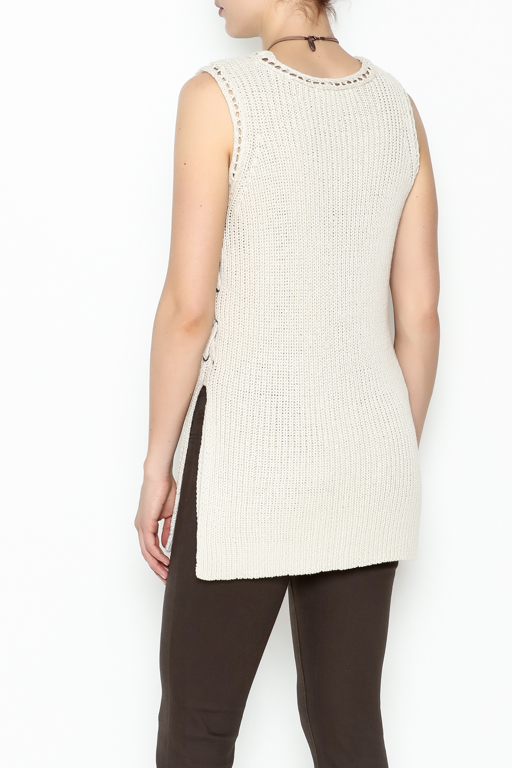 Cupcakes and Cashmere Paxton Sleeveless Sweater - Back Cropped Image