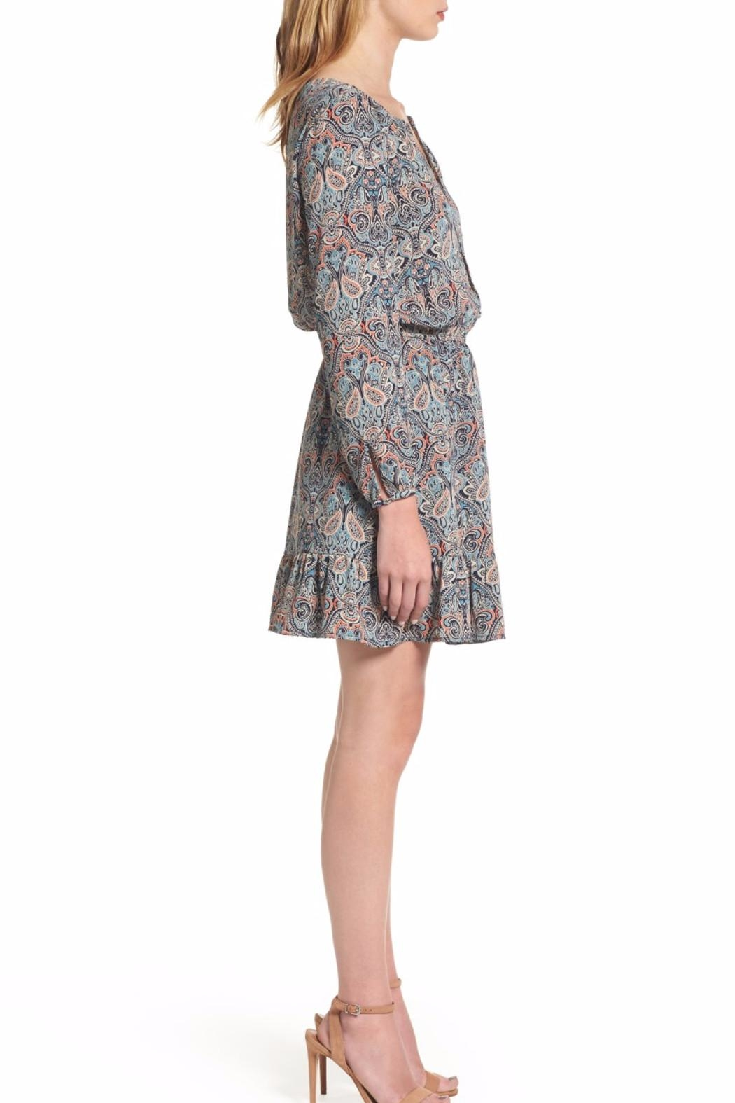 Cupcakes & Cashmere Selma Paisley Dress - Side Cropped Image