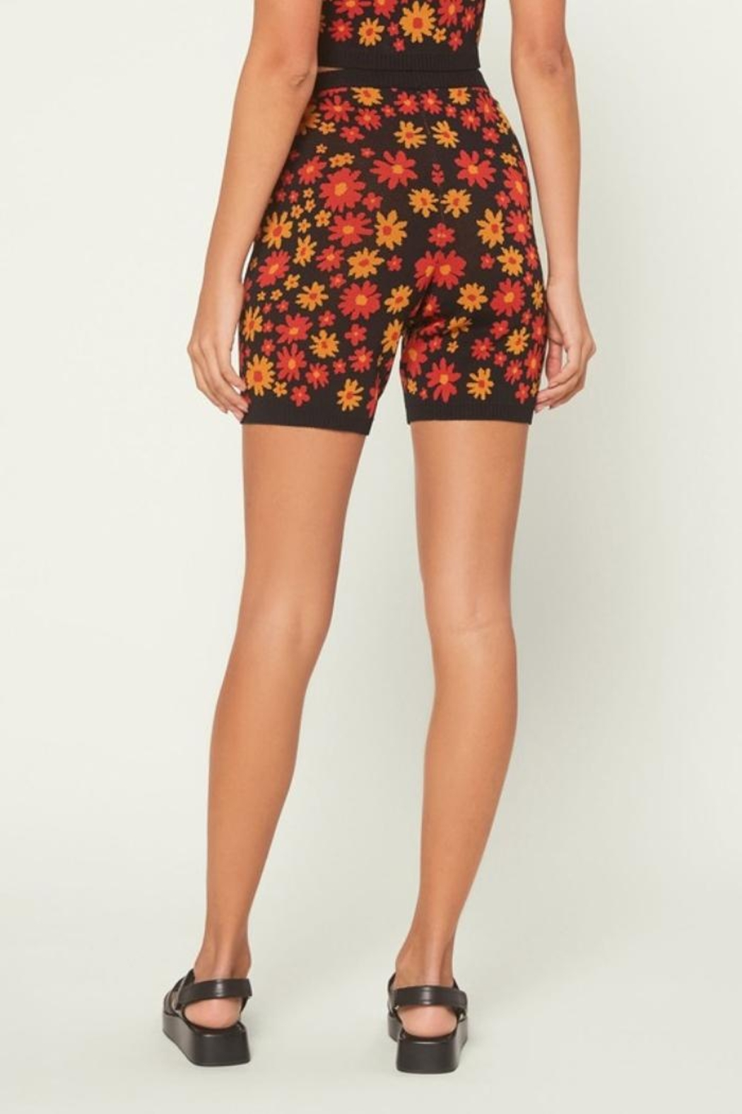 Current Air Floral Knit Shorts - Side Cropped Image