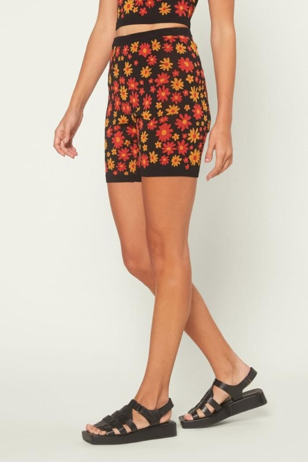 Current Air Floral Knit Shorts - Back Cropped Image