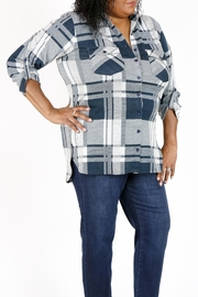 Curvy Fashion USA Plus-Size Plaid Shirt - Front cropped