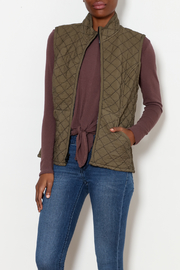 Cut Loose Zip-Front Quilted Vest - Product Mini Image