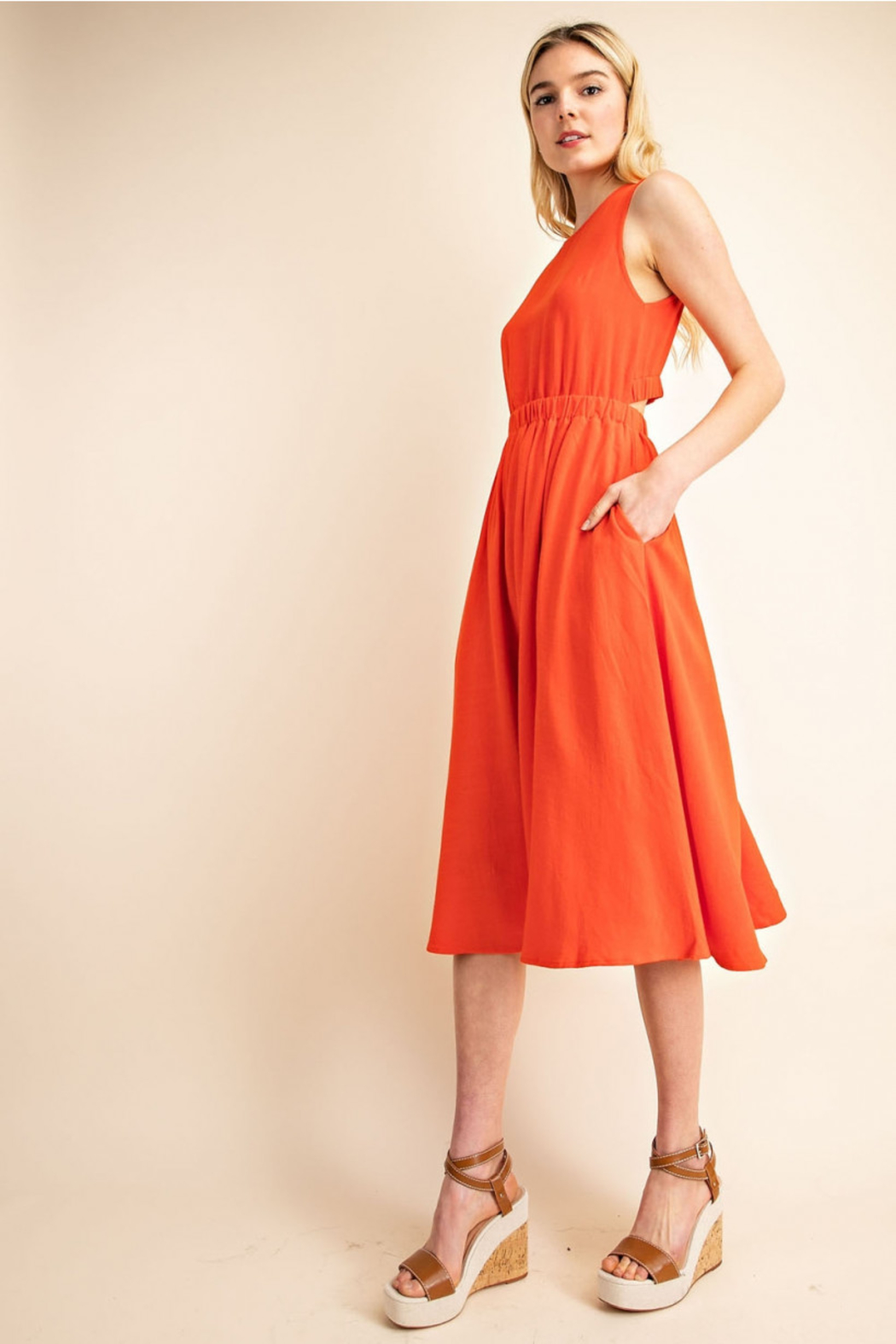 Gilli  Cut-out Back Dress - Front Full Image