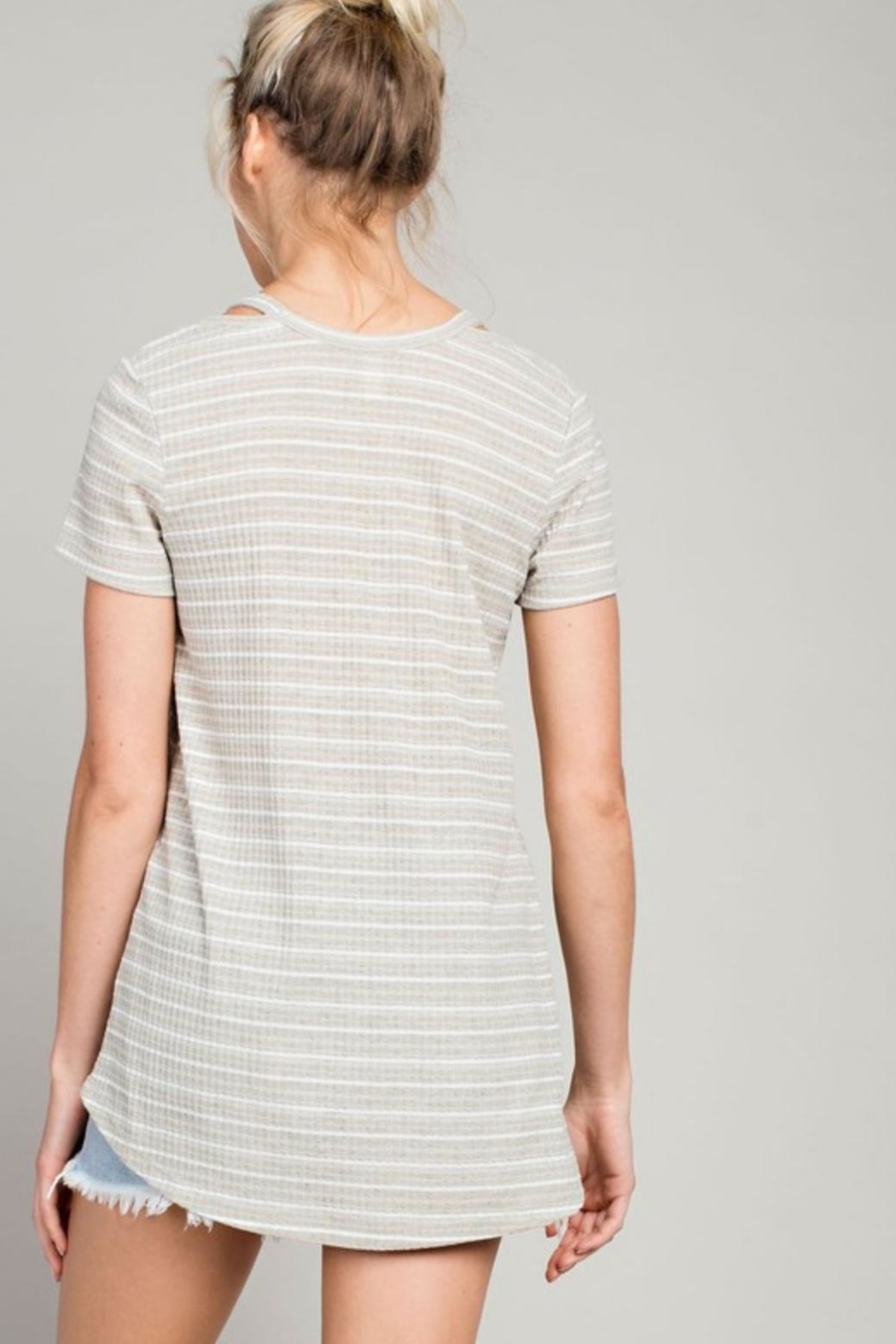 LLove USA Cut Out Tee-Shirt - Front Full Image