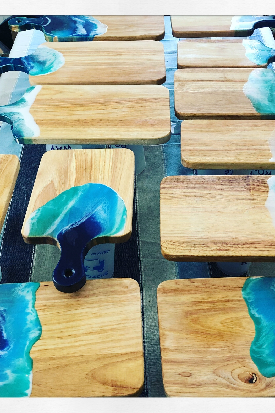 SEASIDE DELIGHTS Cutting Board Large - Exclusive - Main Image