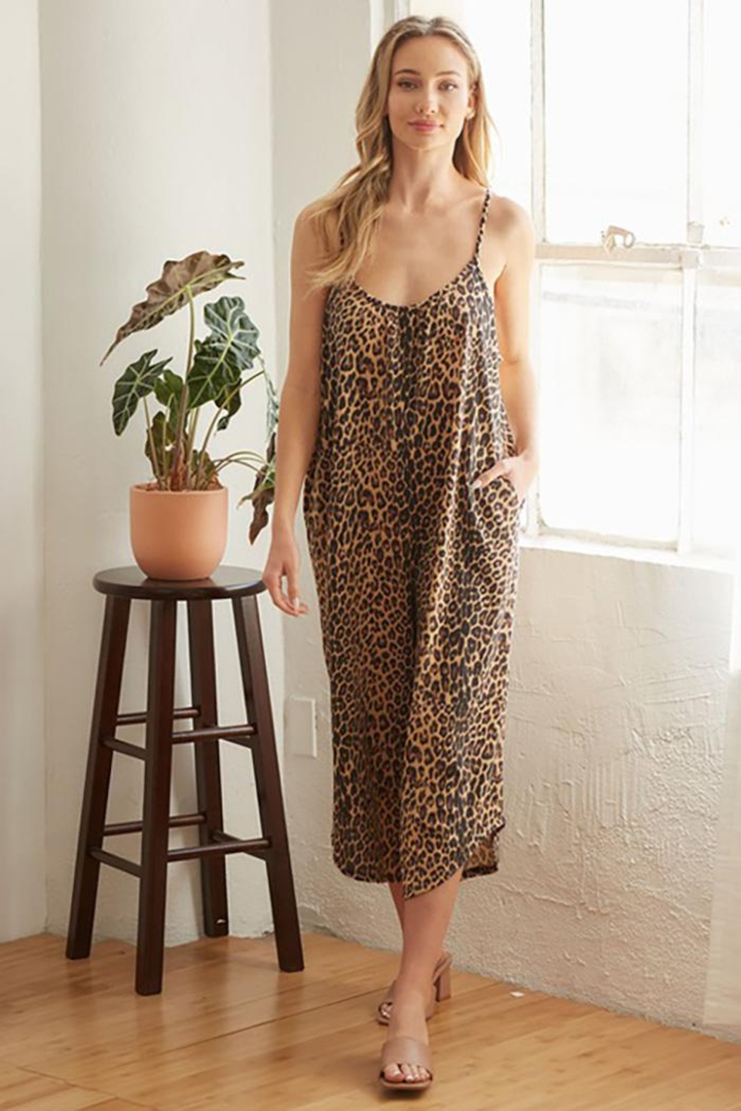 CY Fashion Cheetah Print Romper With Spaghetti Straps - Back Cropped Image