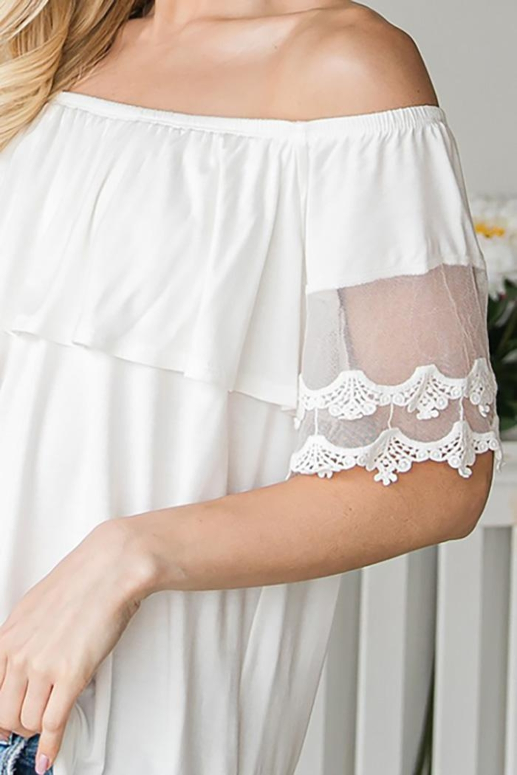 CY Fashion Off Shoulder Top Lace Detail - Side Cropped Image