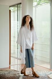 Cynthia Buttenklepper Oversized Kimono Shirt - Front cropped