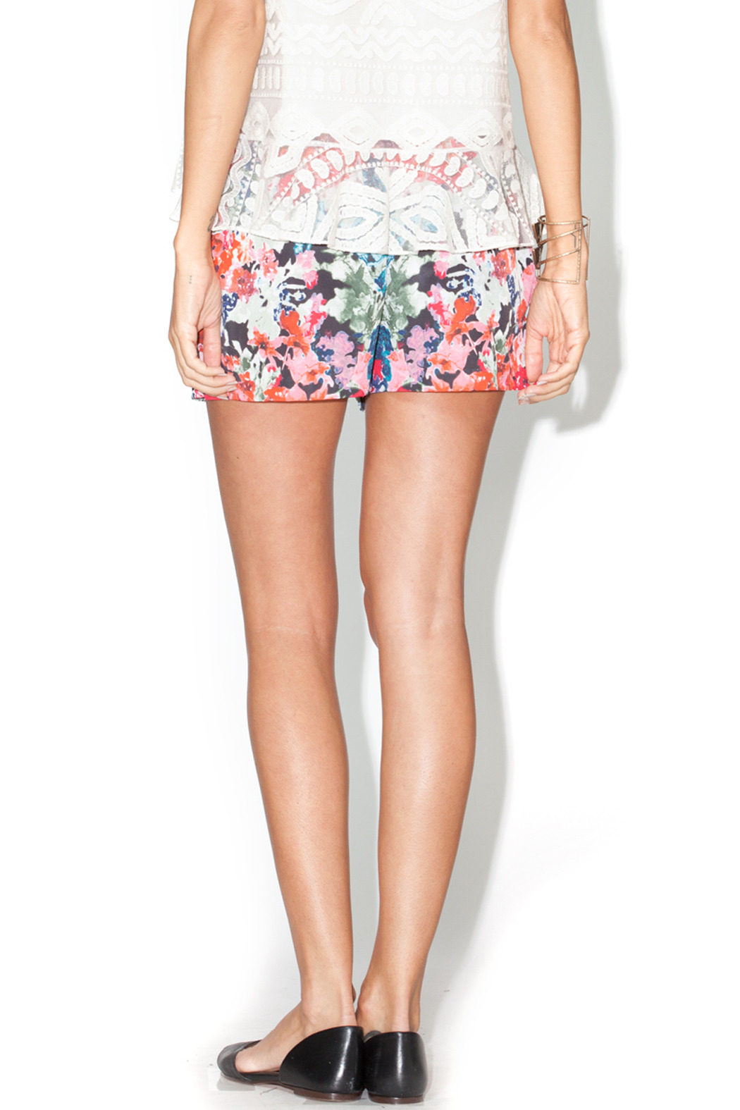 Library Floral Josie Shorts - Back Cropped Image