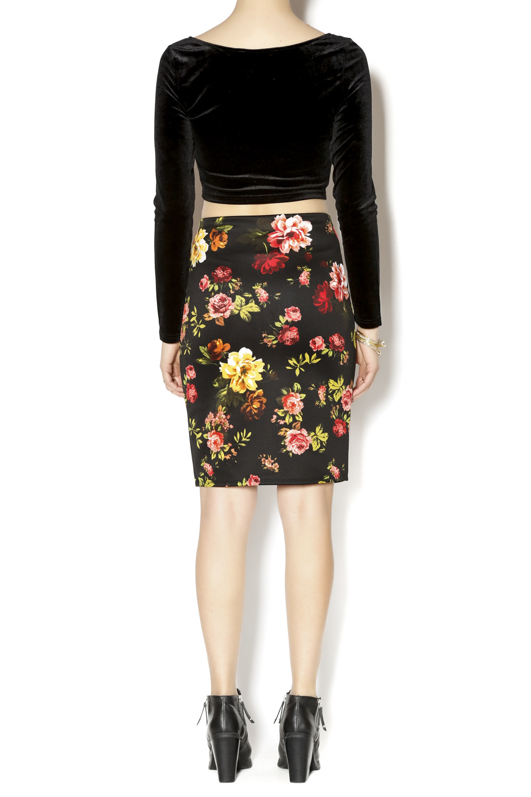 Ambiance Floral Pencil Skirt - Side Cropped Image