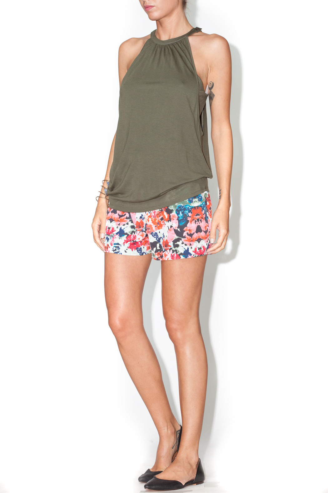 Library Floral Josie Shorts - Side Cropped Image