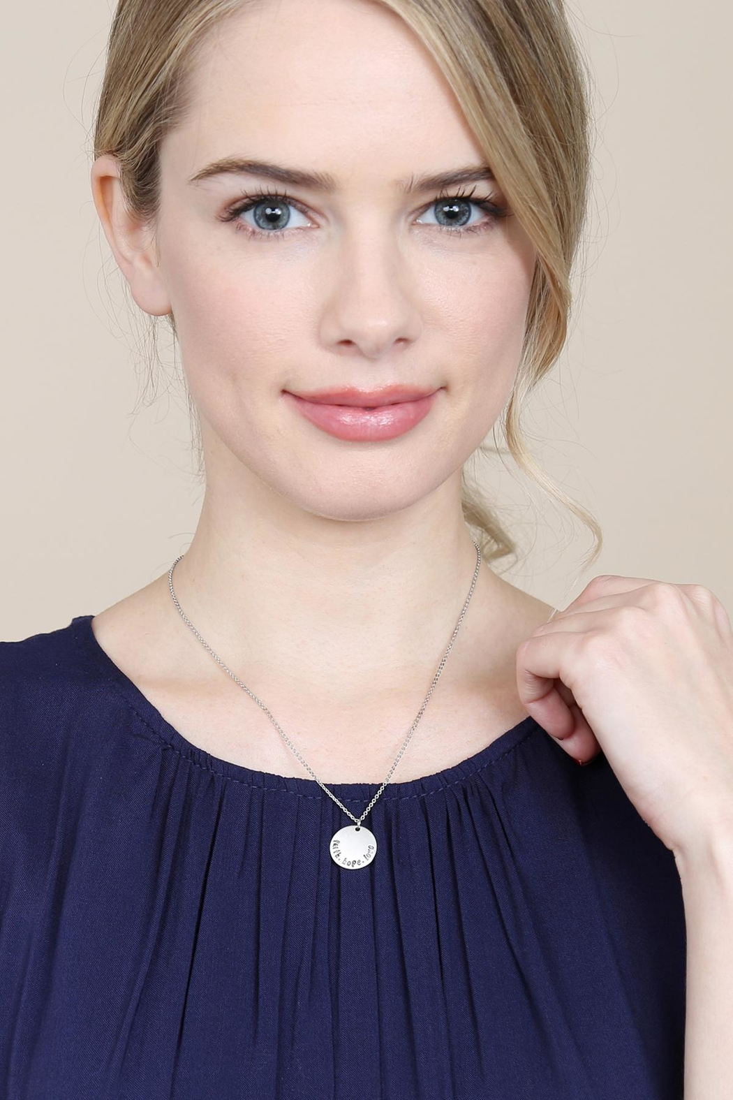 Riah Fashion Dainty Message Necklaces - Side Cropped Image