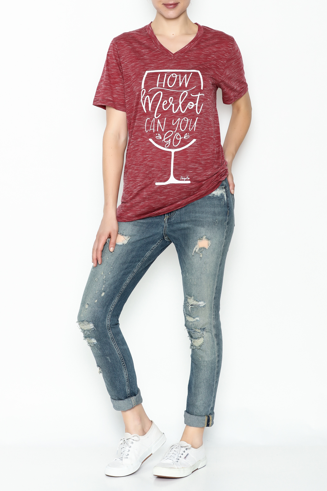 Daisey Ray Merlot Graphic Tee - Side Cropped Image