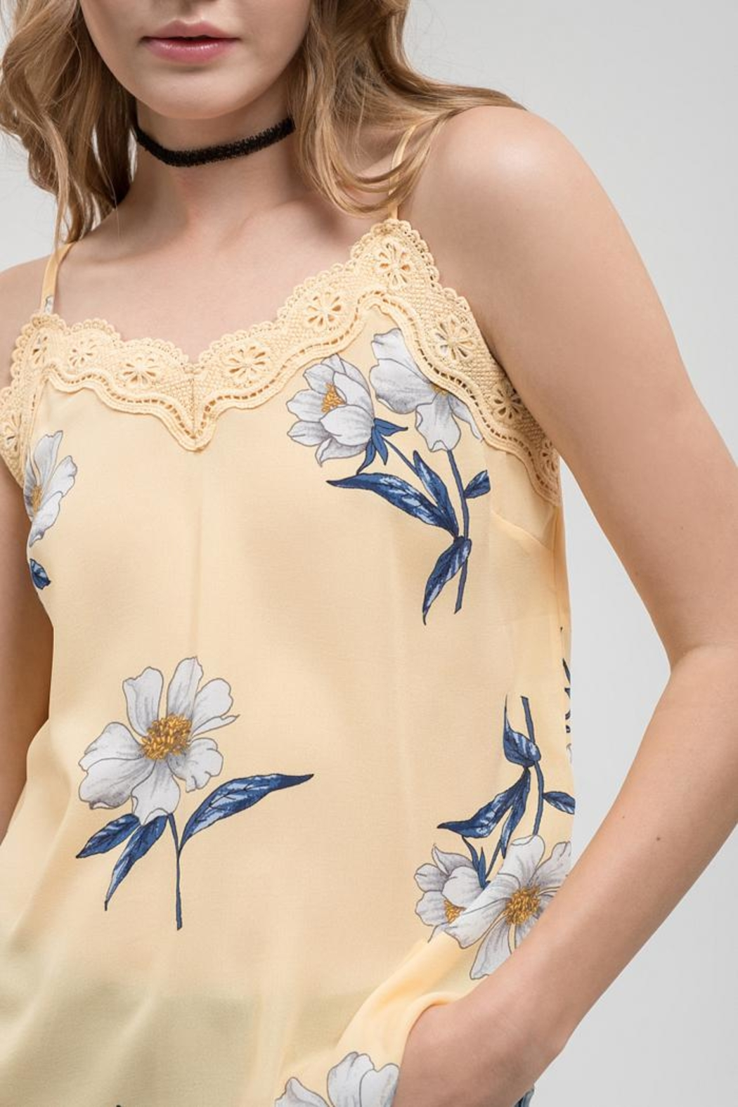 Blu Pepper Daisy Fields Cami - Back Cropped Image