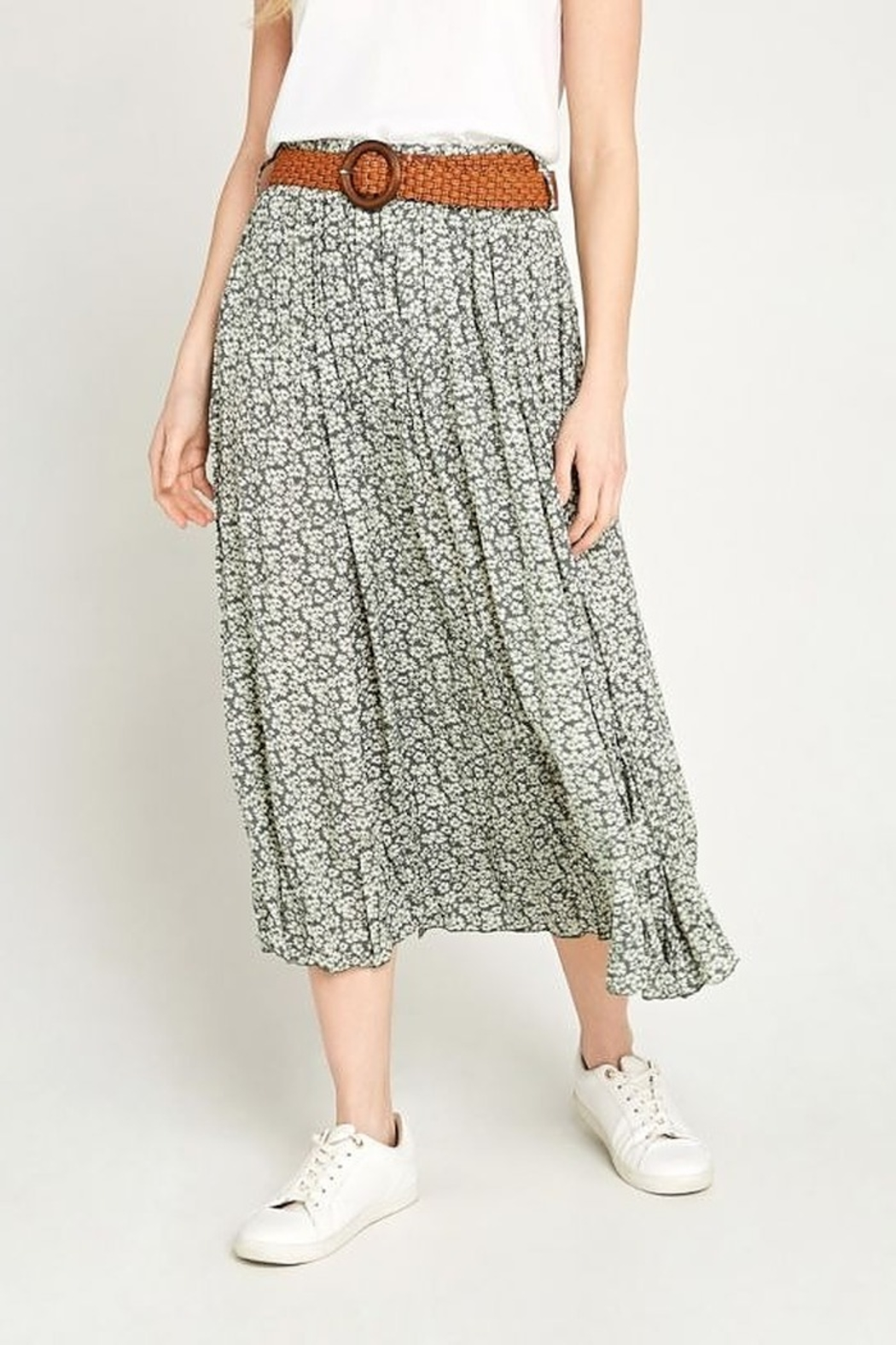 Apricot Daisy Pebble Skirt - Front Cropped Image
