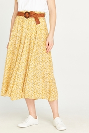 Apricot Daisy Pebble Skirt - Front cropped