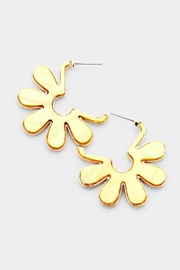 Embellish Daisy Shell Earrings - Product Mini Image