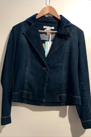 Dame Blanche Anvers Feminine Denim Jacket - Front cropped