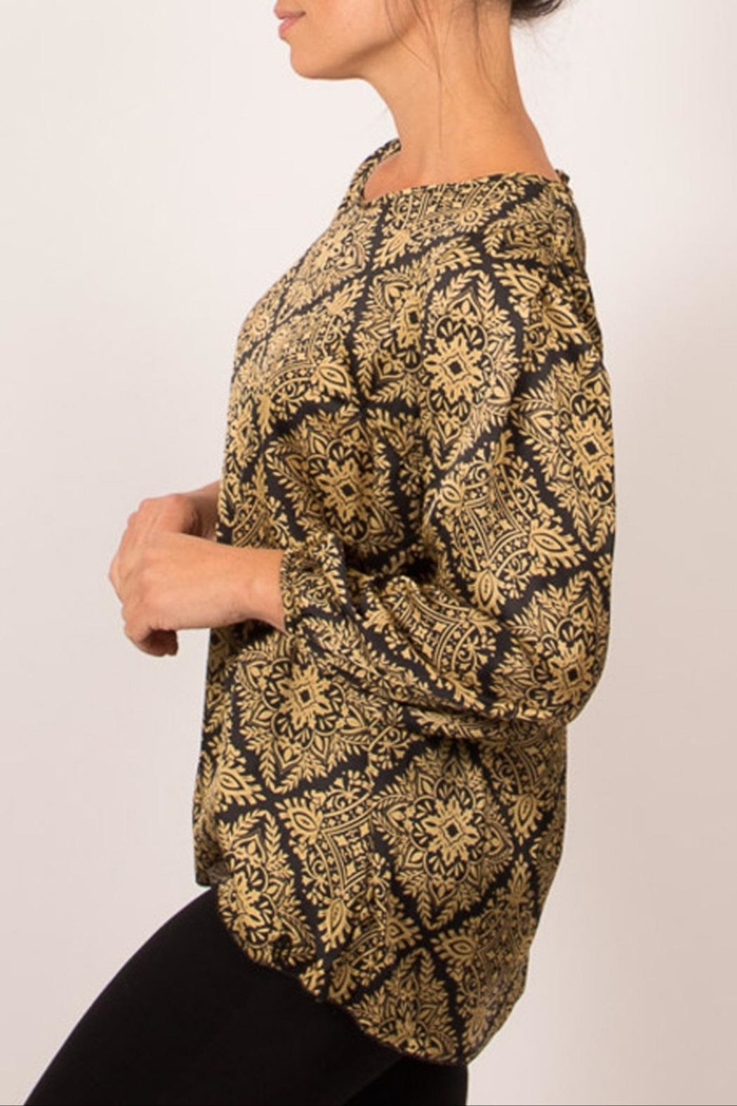 Dame Blanche Anvers Trendy Chic Blouse - Front Full Image