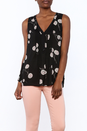 Daniel Rainn Black Sleeveless Blouse - Product Mini Image