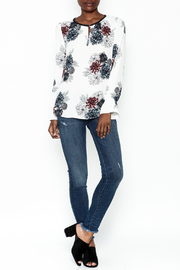 Daniel Rainn Floral Long Sleeve Top - Side cropped