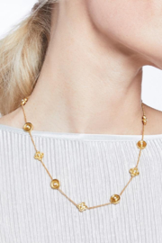 The Birds Nest DAPHNE DELICATE NECKLACE-PEARL - Front full body