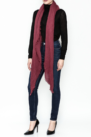 david and young Solid Scarf - Side cropped