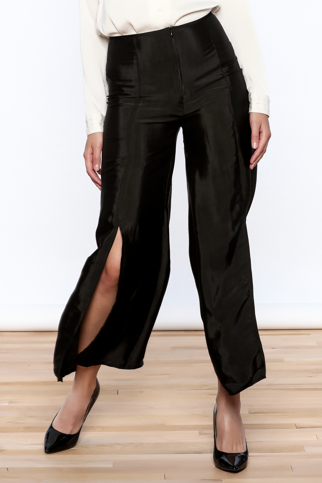 Dawn Sunflower Basic Flared Pant - Front Cropped Image