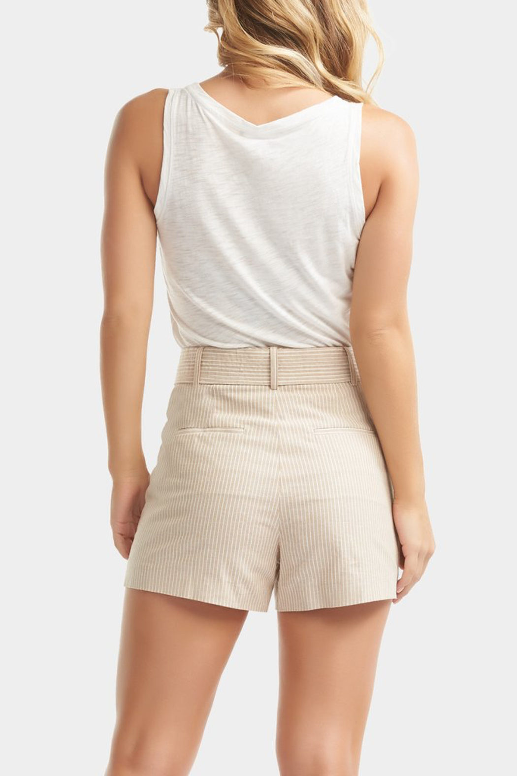 Tart Collections Dax Linen Shorts - Side Cropped Image