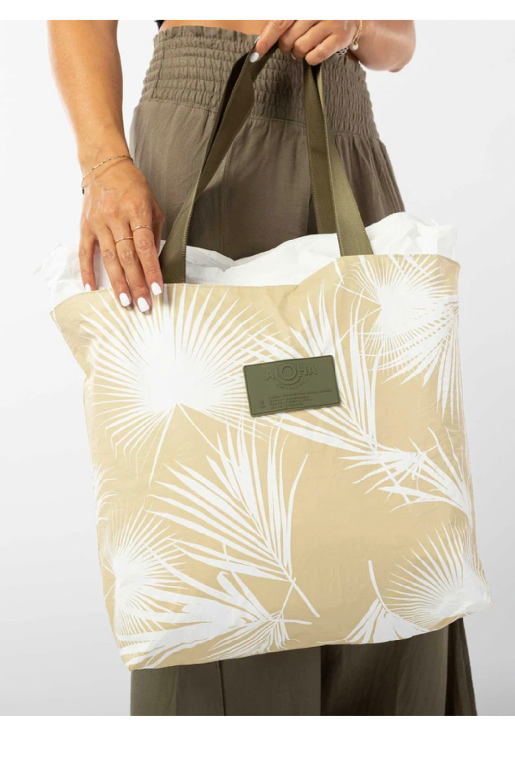 Aloha Collection Day Palms Day Tripper - Front Full Image
