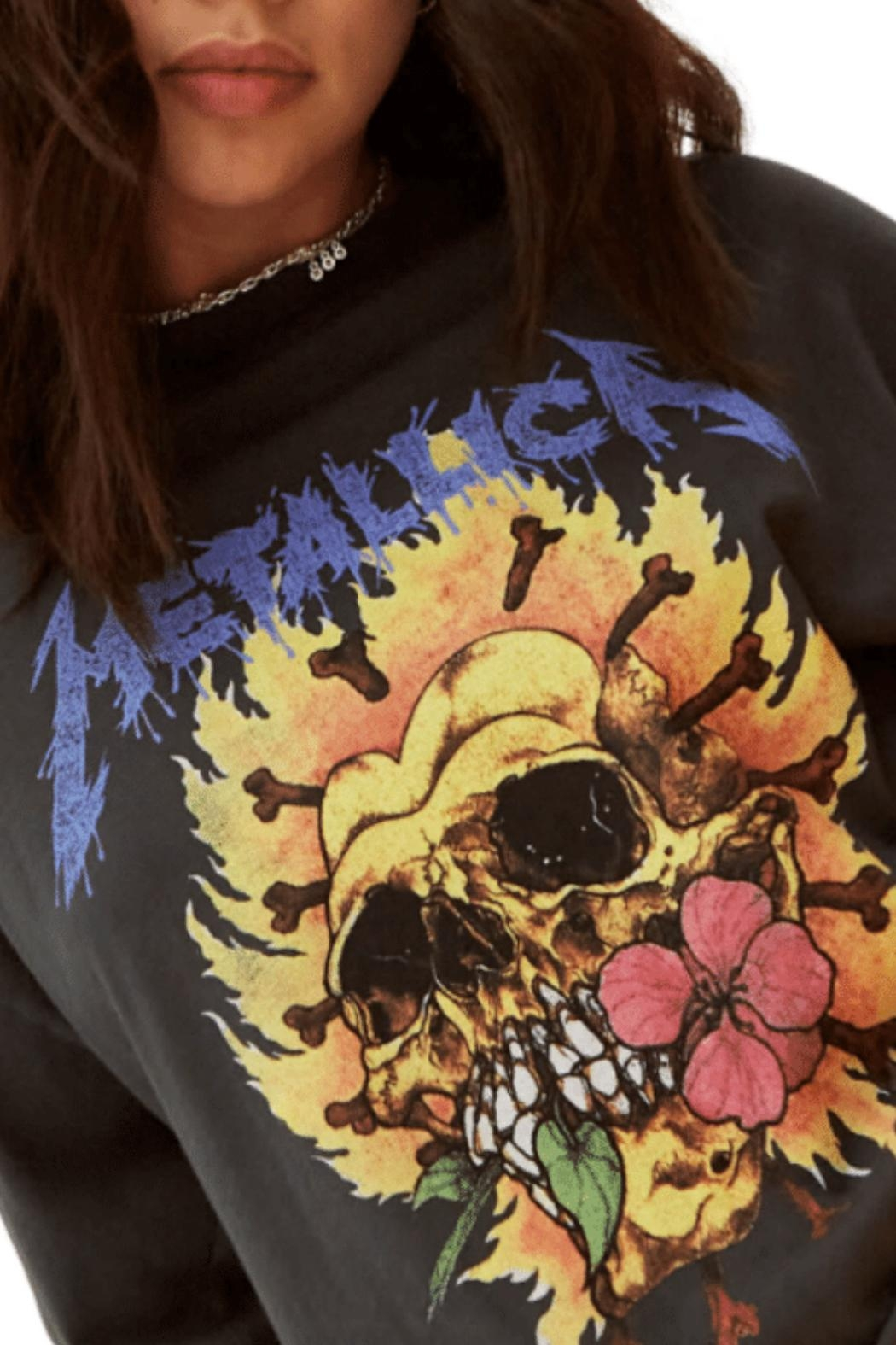 Daydreamer Metallica Flaming Skull - Side Cropped Image