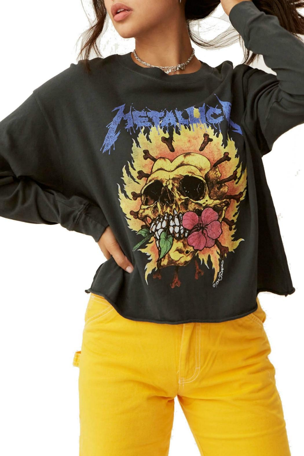 Daydreamer Metallica Flaming Skull - Front Cropped Image