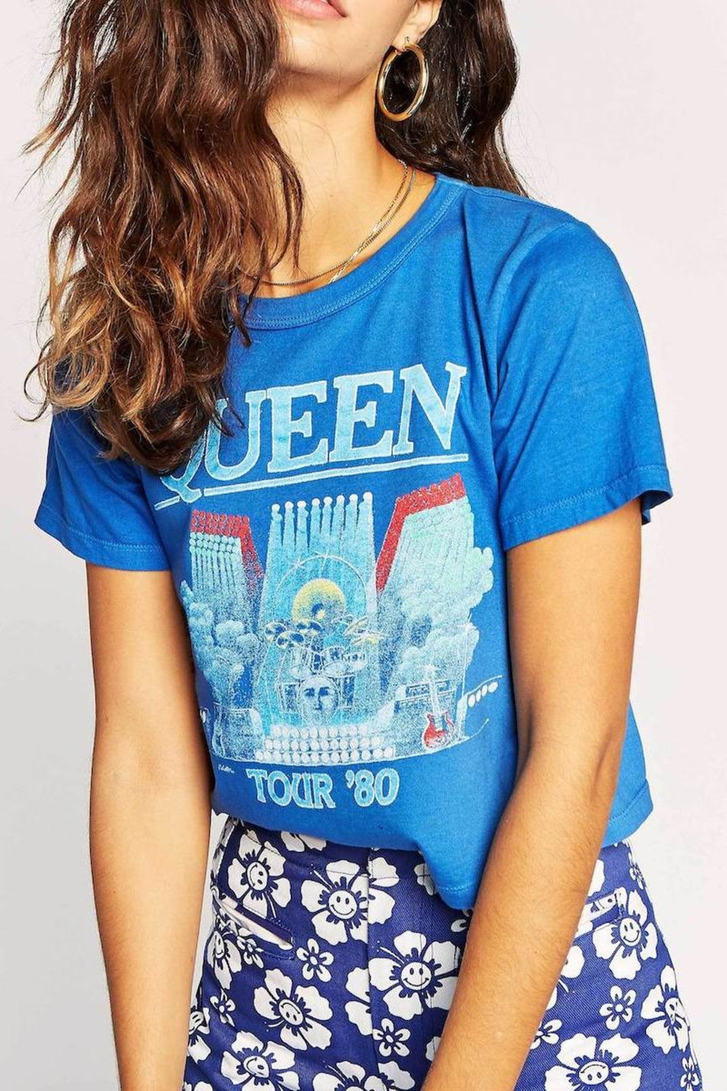 Daydreamer Queen Concert Tee - Front Cropped Image