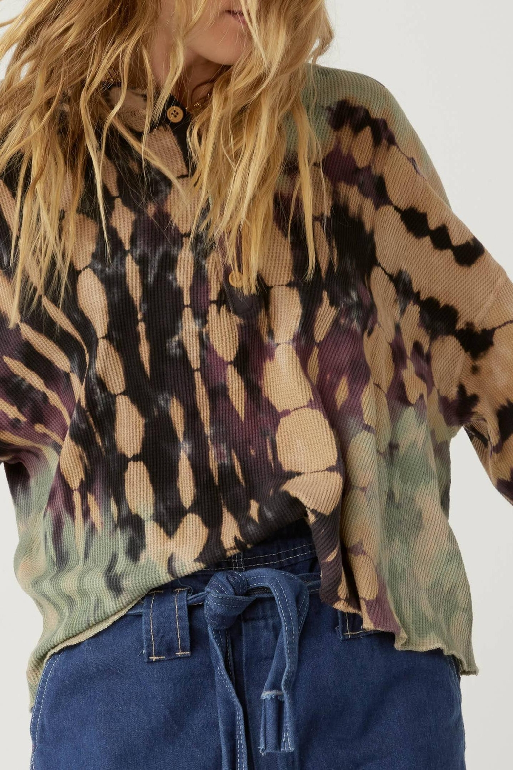 Daydreamer Tie-Dye Thermal Henley - Side Cropped Image