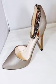 De Blossom Collection Pewter Closed-Toe Heel - Product Mini Image