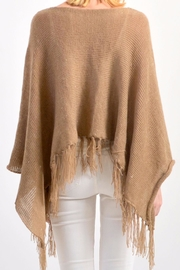 De Mil Amores Buenos Aires Pampa Poncho - Side cropped