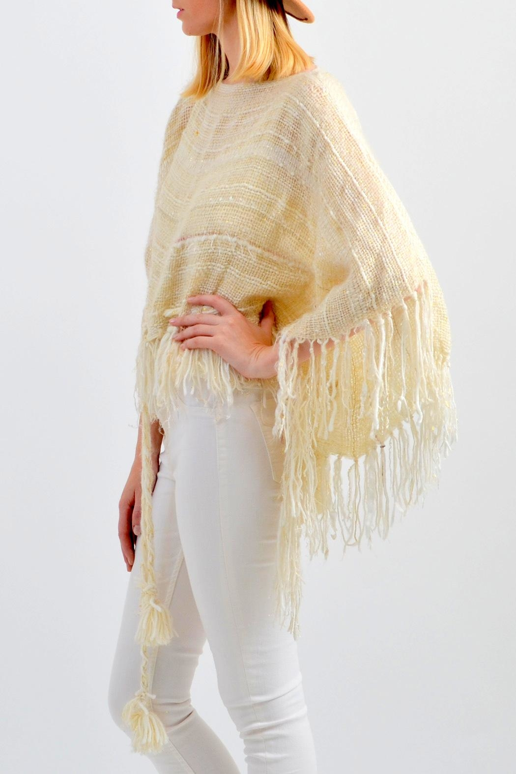 De Mil Amores Buenos Aires Reina Maxima Poncho - Front Full Image