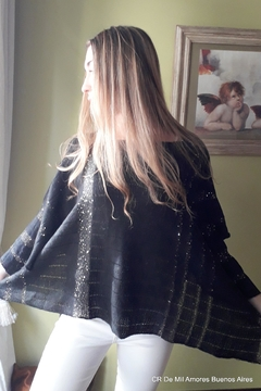 De Mil Amores Buenos Aires Sweater Poncho - Alternate List Image