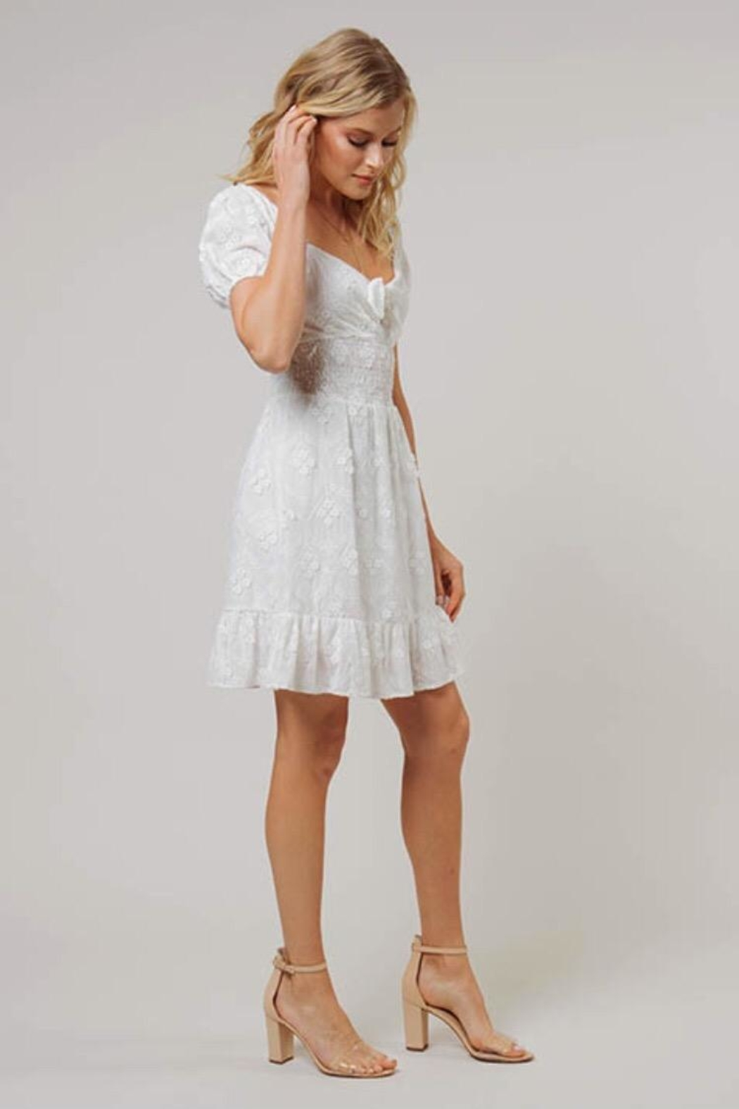 Dee Elly Floral Embroidered Midi-Dress - Side Cropped Image