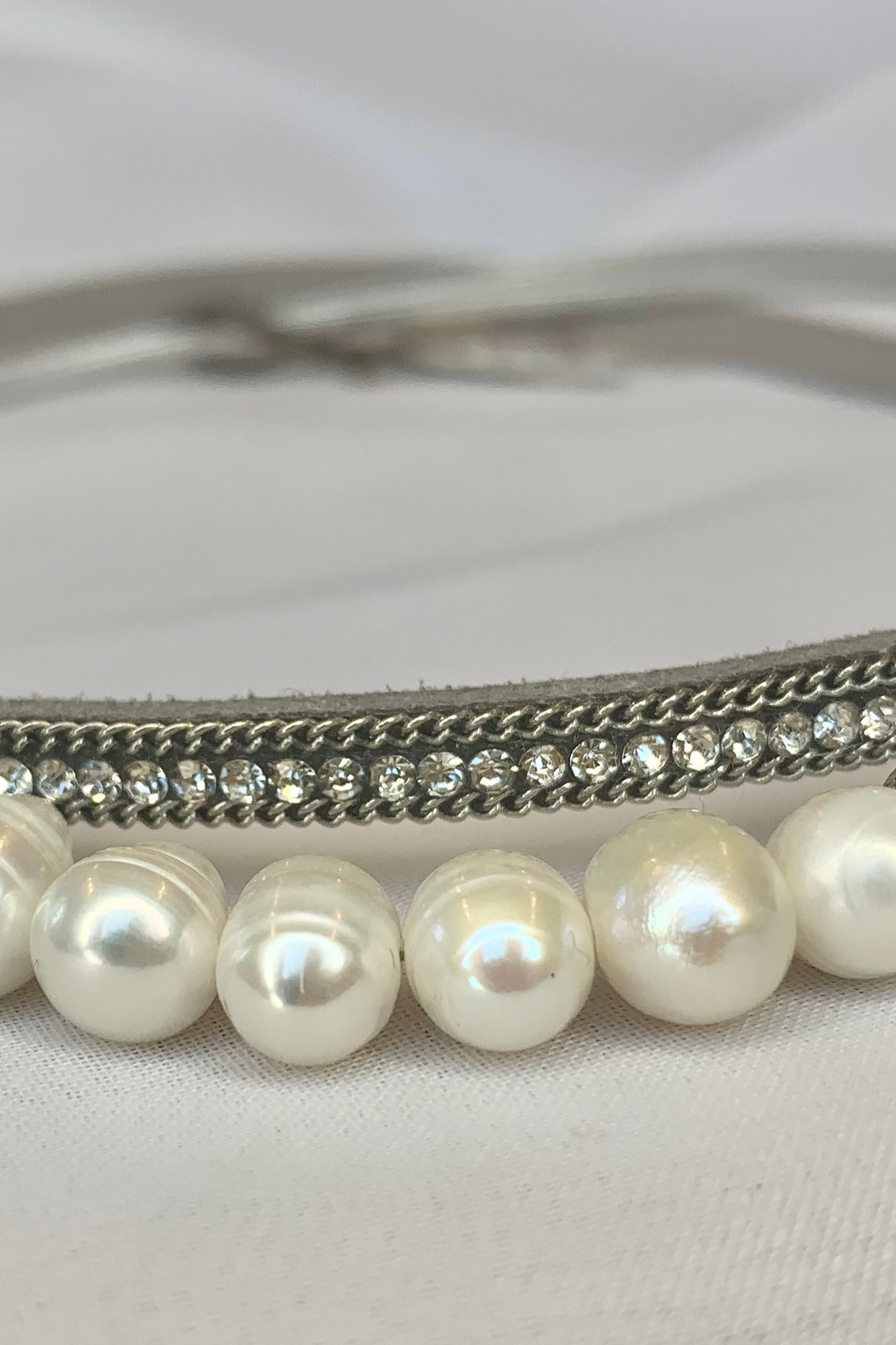 deannas Delicate Gray Choker with Rhinestones and Pearls - Main Image