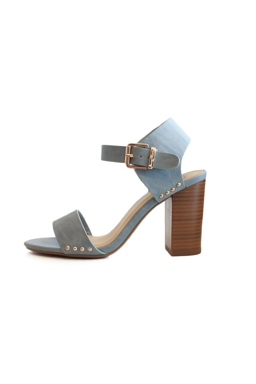 Delicious Shoes Valerie Sandal - Front Cropped Image
