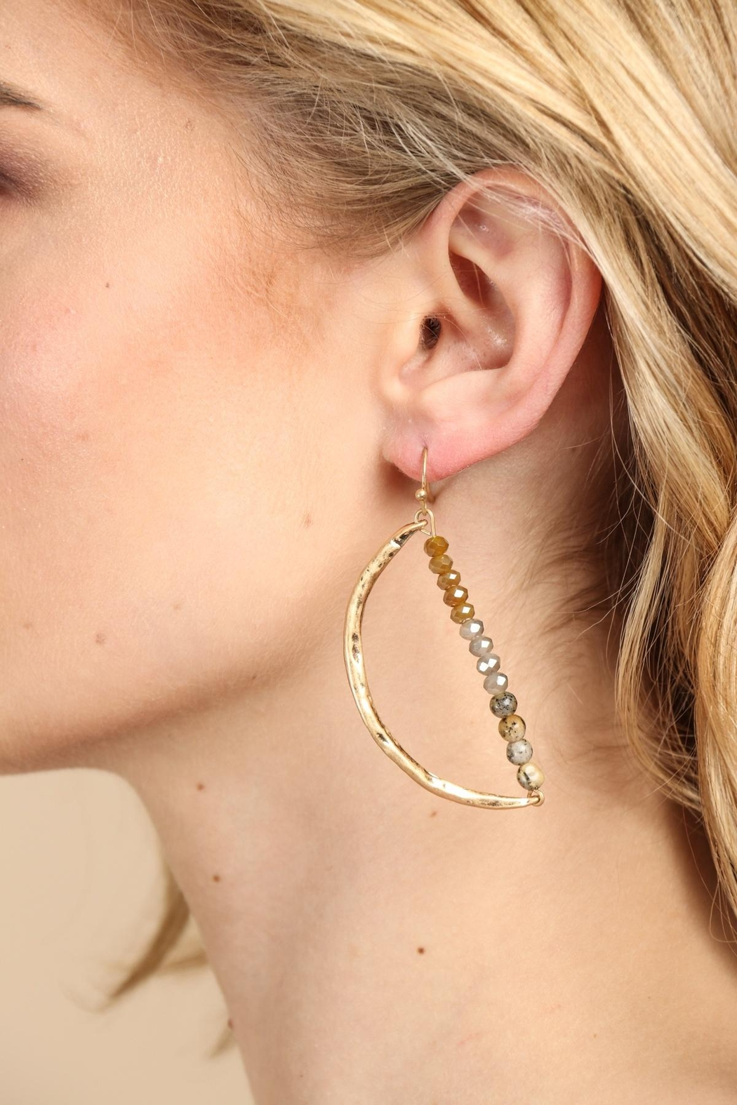 Saachi Delightful Beaded Earring - Front Cropped Image