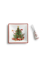 DEMDACO Christmas Tree Plate - Front cropped