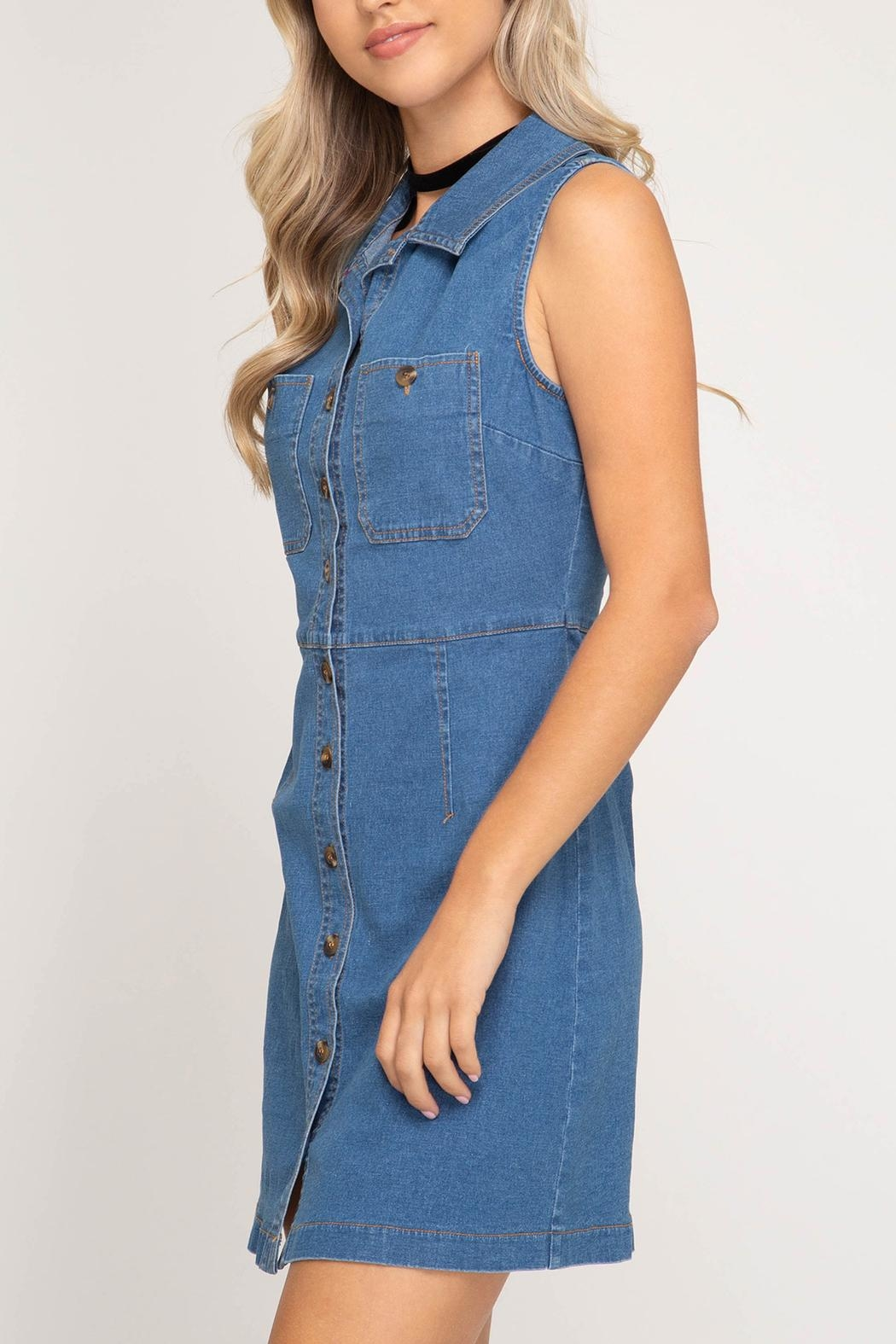 She + Sky Denim Button-Front Dress - Side Cropped Image