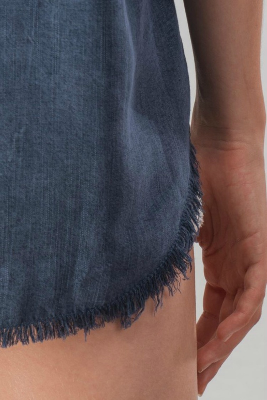 Trend:notes DENIM DISTRESSED TOP - Back Cropped Image